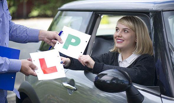 Meer dan 118.000 wachten op theorie-examen voor chauffeur